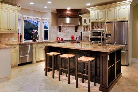 Как правильно расставить кухонный гарнитур